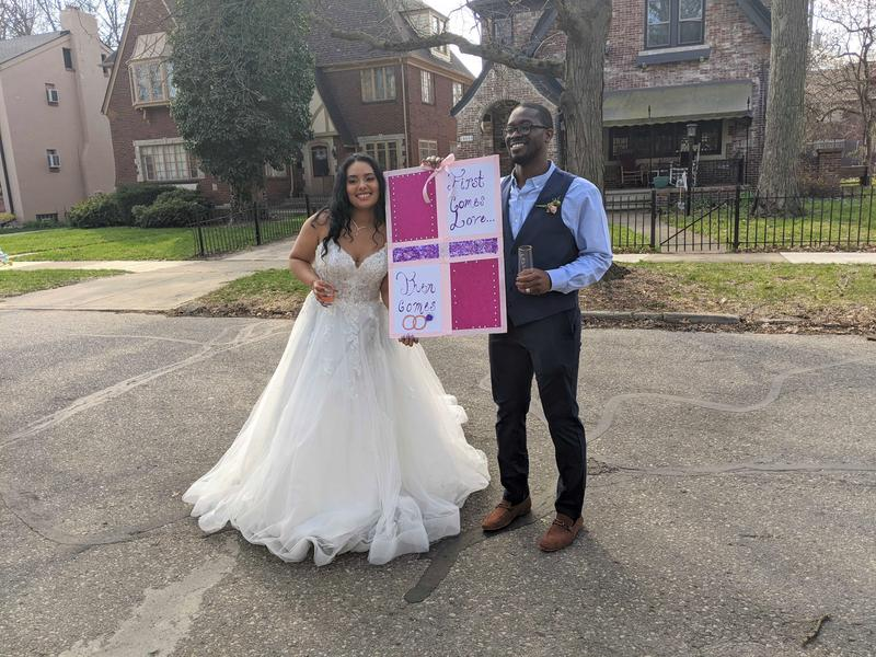 Detroit couple gets creative in their wedding after being downsized by COVID-19
